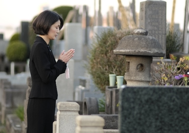 誰がお墓を引き継ぐべきなのか?